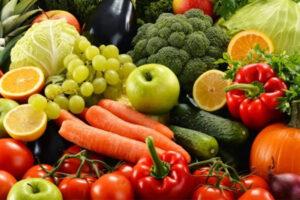 Snails Treats: Natural Food and Calcium